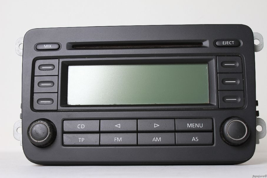 vw rcd 300 grundig cd mp3 autoradio radio mit code touran. Black Bedroom Furniture Sets. Home Design Ideas